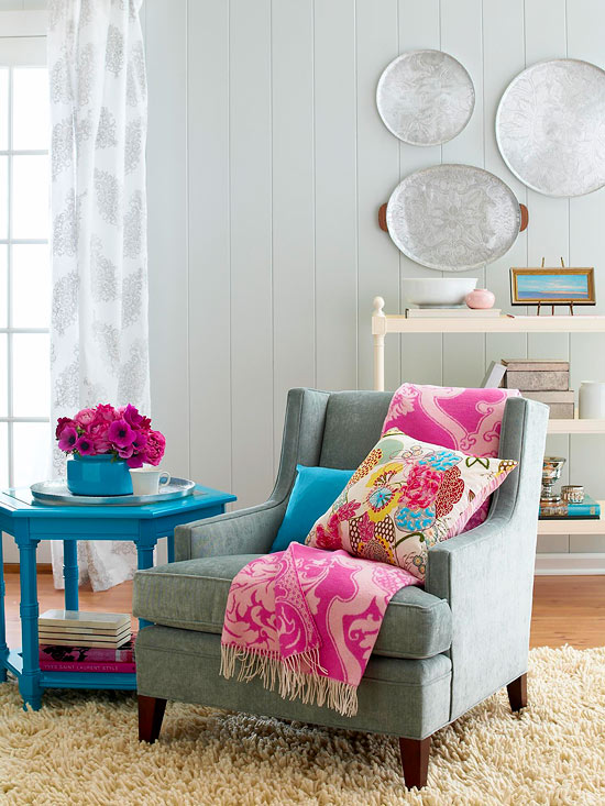 pops of color from BHG.com, wall decor ideas, Weekend Decor, quick decor change, pops of color, bright colors