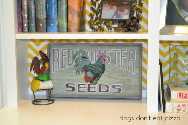 red rooster seed sign