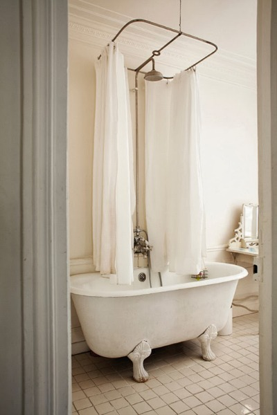Parisian-bath-simple - Mohawk Homescapes