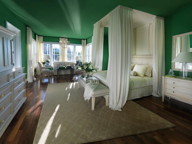 HGTV-green-master-bedroom - color-showcase - Mohawk-Homescapes