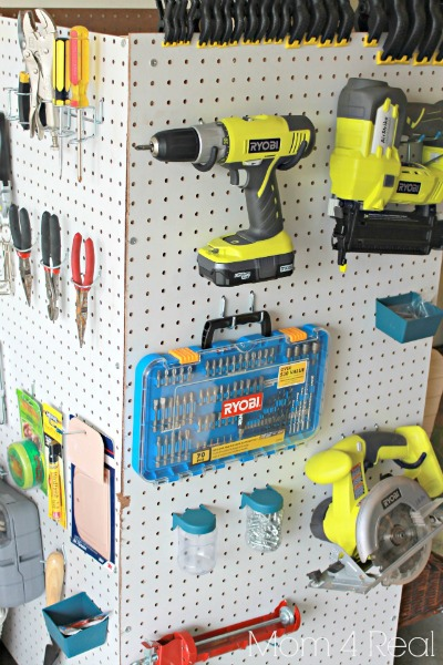 Portable-Pegboard-Tool-Storage