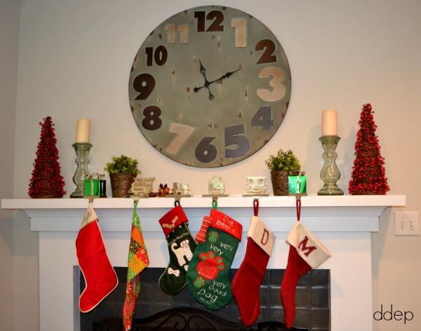 Christmas mantel - Mohawk Homescapes