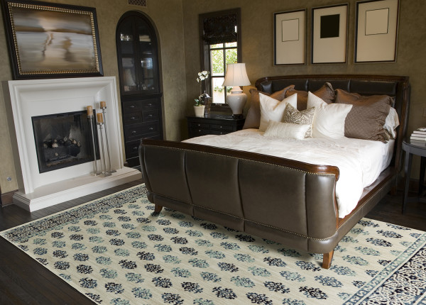 soft rug under foot - cozy home solutions checklist - mohawkhomescapes.com
