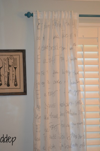 How to make custom curtains with a sharpie - projects to enjoy leap day - mohawkhomescapes.com