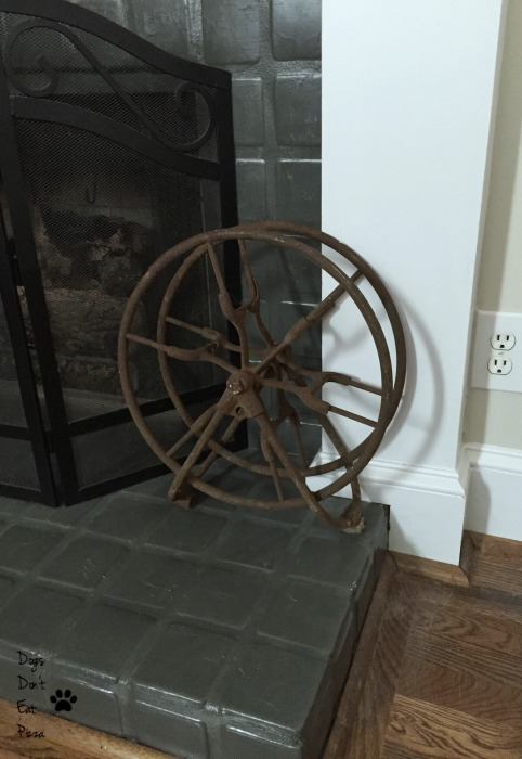 Industrial wheel - industrial chic - Mohawk Homescapes
