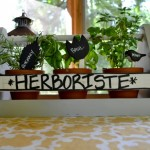 Great DIY upcycled gift ideas - easy, inexpensive, and totally customizable - from dogsdonteatpizza.com.
