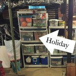 How to organize holiday decorations - Thirty Days of Gratitude, Tidying Up Edition - dogsdonteatpizza.com