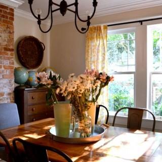 farmhouse rustic industrial dining room - dogsdonteatpizza.com