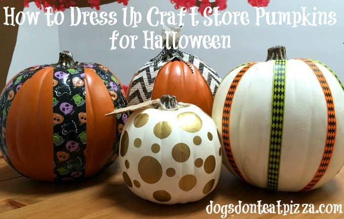 Easy and fun ways to decorate craft store pumpkins for Halloween / dogsdonteatpizza.com