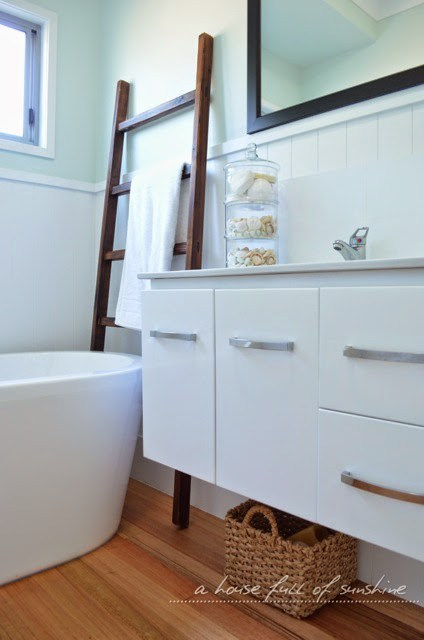 Beachy spa bathroom from A House Full of Sunshine - mohawkhomescapes.com