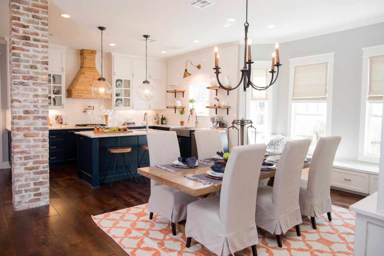 The friday five five things i 39 ve learned from joanna for Joanna gaines dining room designs
