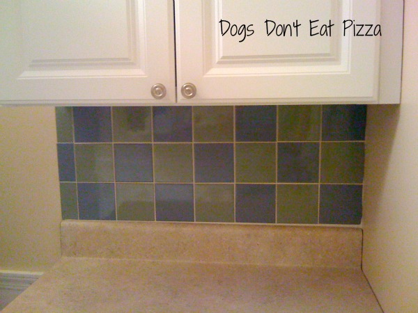 DIY requires confidence, which allowed me to tile a backsplash - thediybungalow.com