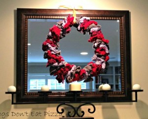 Want an easy and green project for this holiday season? Try this wreath made from scarves and sweaters! From thediybungalow.com