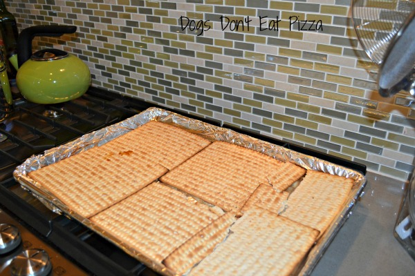 Matzo Crackle - Passover recipes - thediybungalow.com