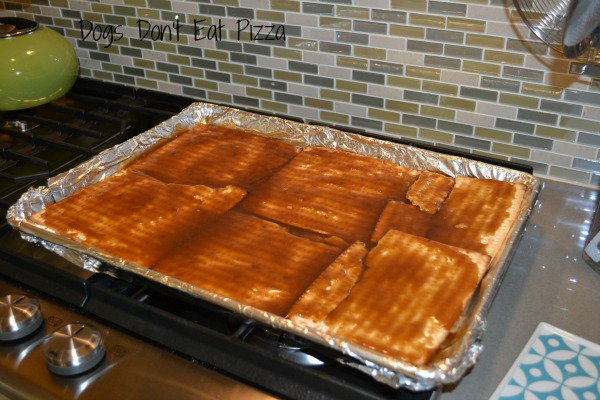 Matzo Crackle - Passover recipes - thediybungalow.com