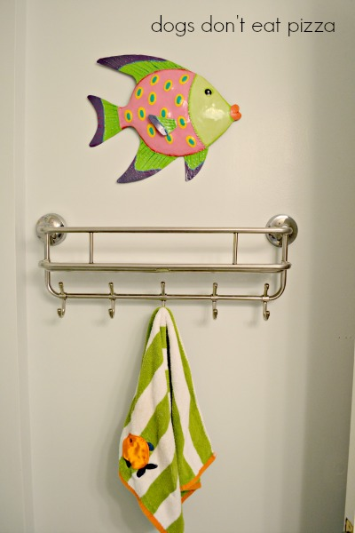 towel hooks - painted bathroom - Dogs Don't Eat Pizza