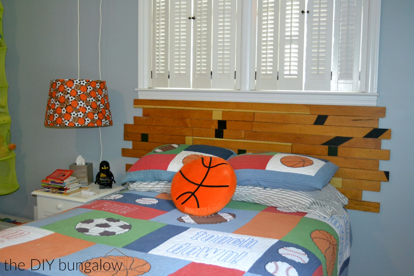 DIY headboard from old gym floor - thediybungalow.com