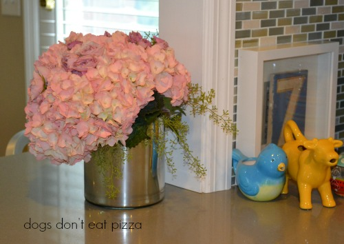 vase with Rustoleum mirror spray paint - Dogs Don't Eat Pizza