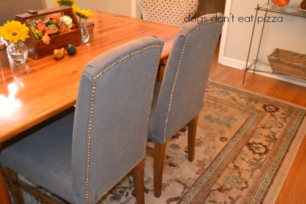 The dining room reveal including reupholstered parsons chairs with nailhead trim - thediybungalow.com