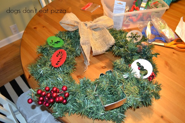 using cupcake stencils in wreath - Dogs Don't Eat Pizza