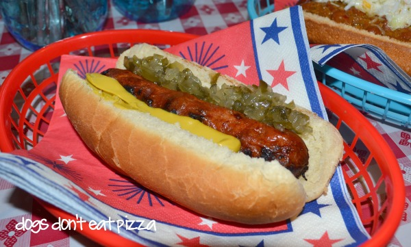 Classic hot dog for July 4th cookout - Dogs Don't Eat Pizza