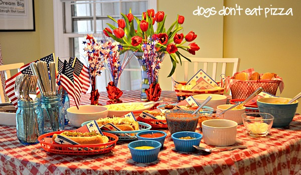 table-4th-July-close-up - Dogs Don't Eat Pizza