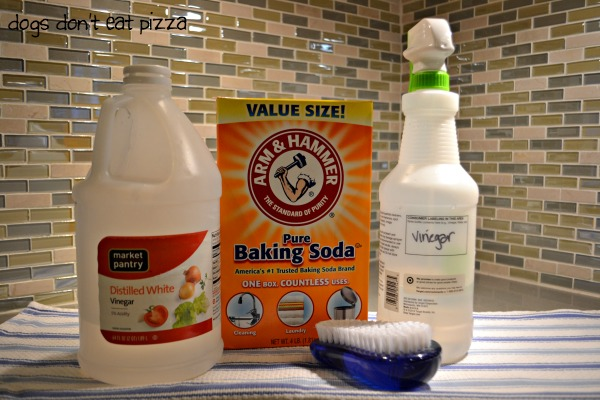 All natural way to clean grout using what you have in your pantry - thediybungalow.com