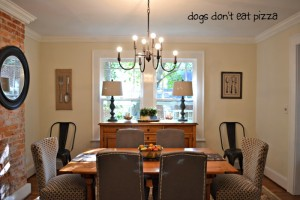 Let the home tour begin - today I'm starting with our dining room - thediybungalow.com