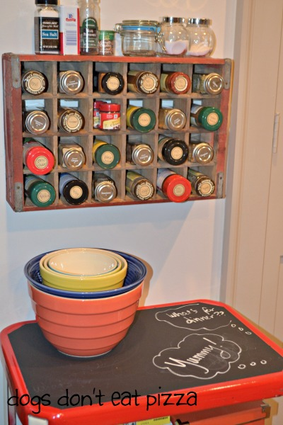 vintage coke crate spice rack - thediybungalow.com
