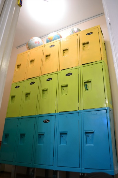 Repurposed school lockers for toy storage - thediybungalow.com