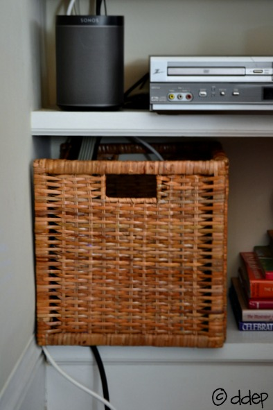 How to hide cords using an IKEA basket - thediybungalow.com