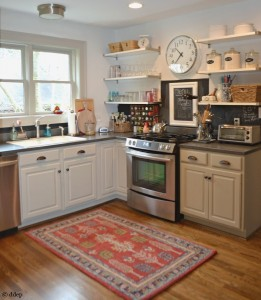 Finished kitchen reno on a budget - thediybungalow.com