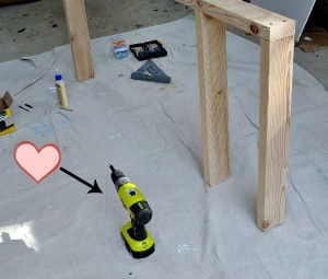 Today I'm sharing the five tools I can't DIY without - thediybungalow.com