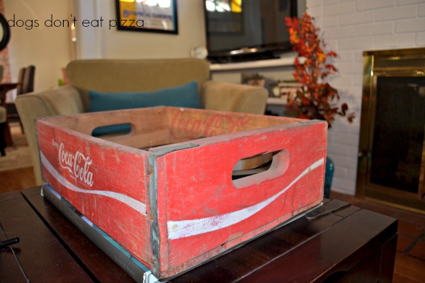 Coffee table catch-all - Five Ways to Use a Vintage Coke Crate - thediybungalow.com