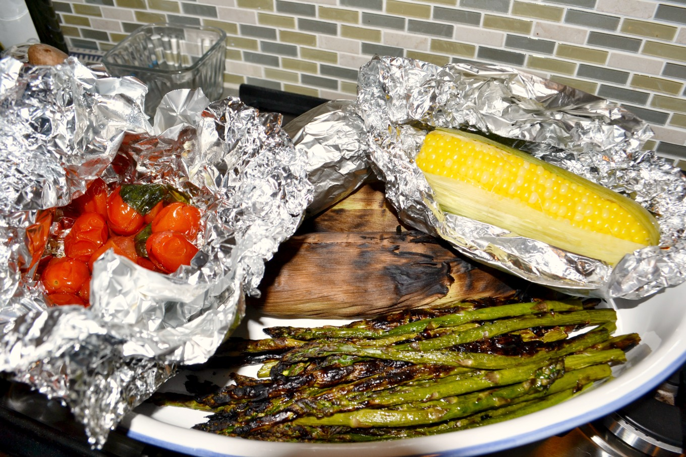 Grilled vegetables is one of my favorite easy recipes for the grill - thediybungalow.com