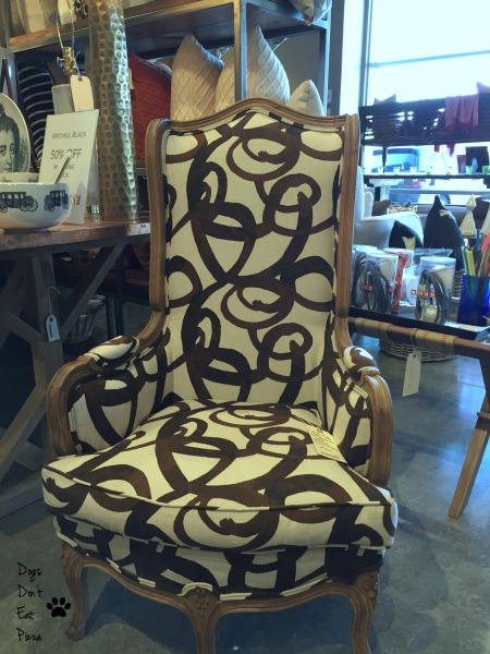 Chair with steve mckenzie's fabric - thediybungalow.com