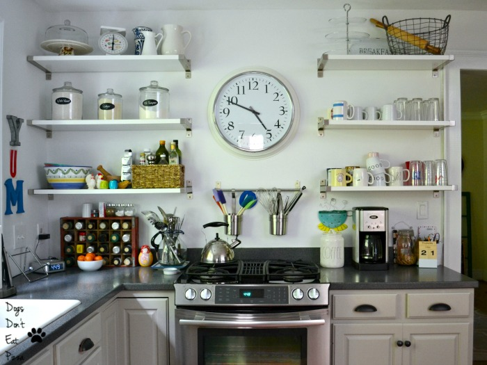 Kitchen - Home Tour - thediybungalow.com