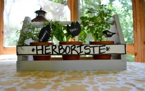 Great DIY upcycled gift ideas - easy, inexpensive, and fun - from thediybungalow.com