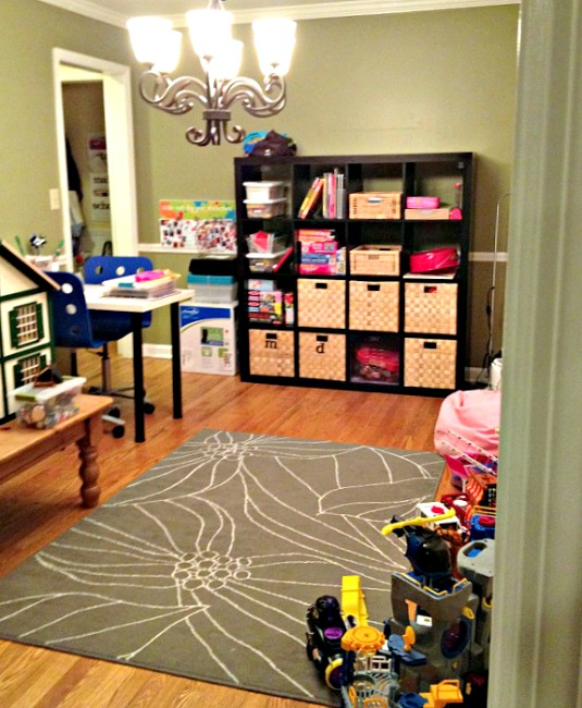Stop feeling guilty about having toys all over your home - thediybungalow.com