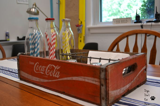 Coke crate and the color scheme reflected throughout the teachers' lounge renovation - thediybungalow.com