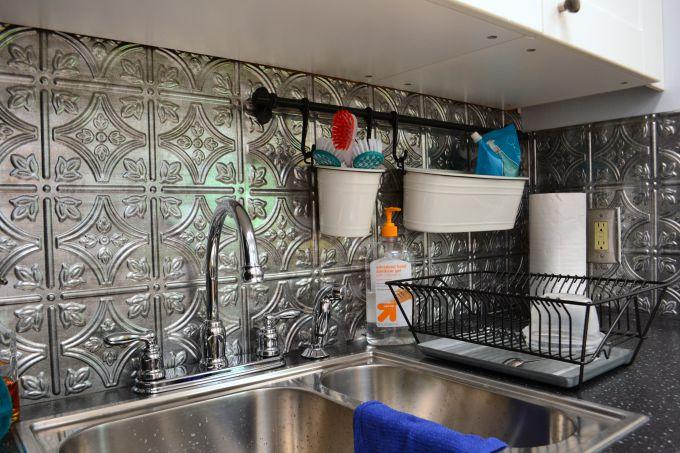 Faux tin tile backsplash for the teachers' lounge renovation - thediybungalow.com