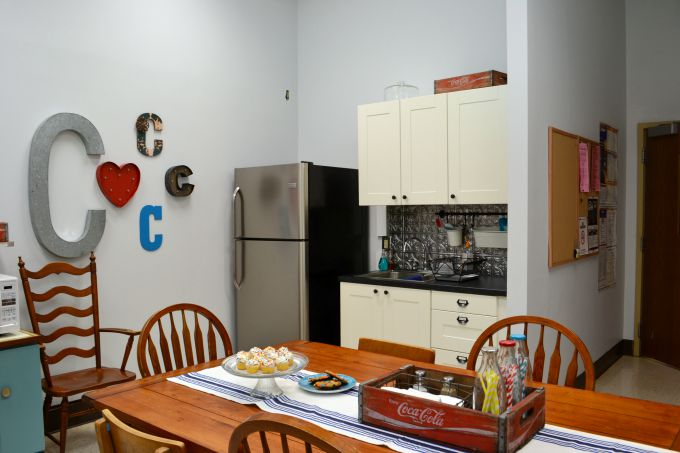 The finished kitchen area in the teachers' lounge renovation - thediybungalow.com