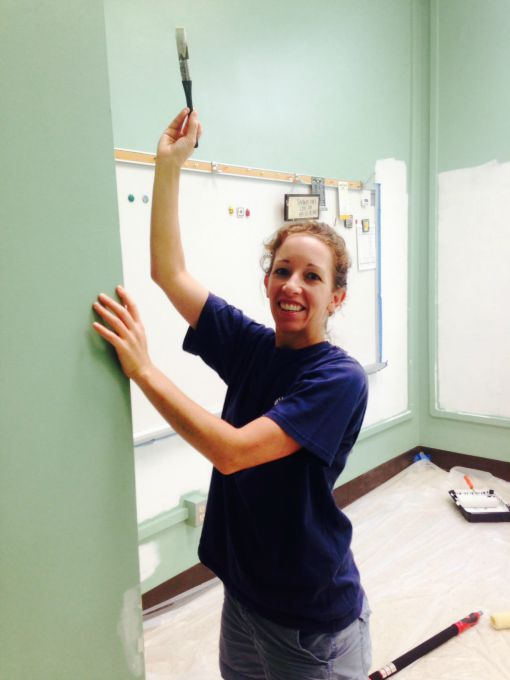 One of our fabulous parent volunteers for the teachers' lounge renovation - thediybungalow.com