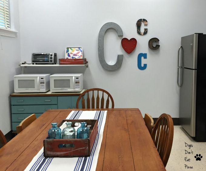 Finished teachers' lounge renovation - thediybungalow.com