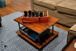 DIY two-tier coffee table - Dogs Don't Eat Pizza