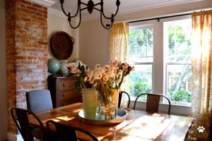 Dining Room - Home Tour - thediybungalow.com