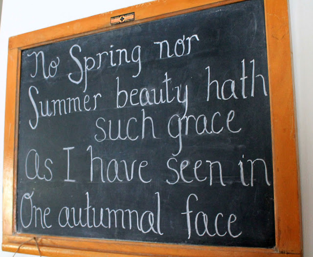 Autumn chalkboard from Brandywine Cottage - all things fall - Dogs Don't Eat Pizza