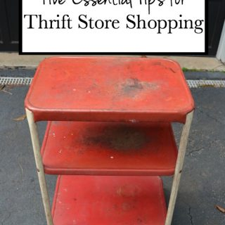 Five essential tips for thrift store shopping from thediybungalow.com