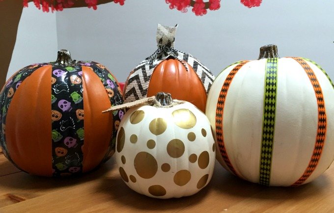 How to dress up craft store pumpkins for Halloween / thediybungalow.com