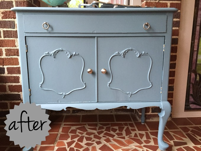 Vintage chest after chalk style paint - thediybungalow.com